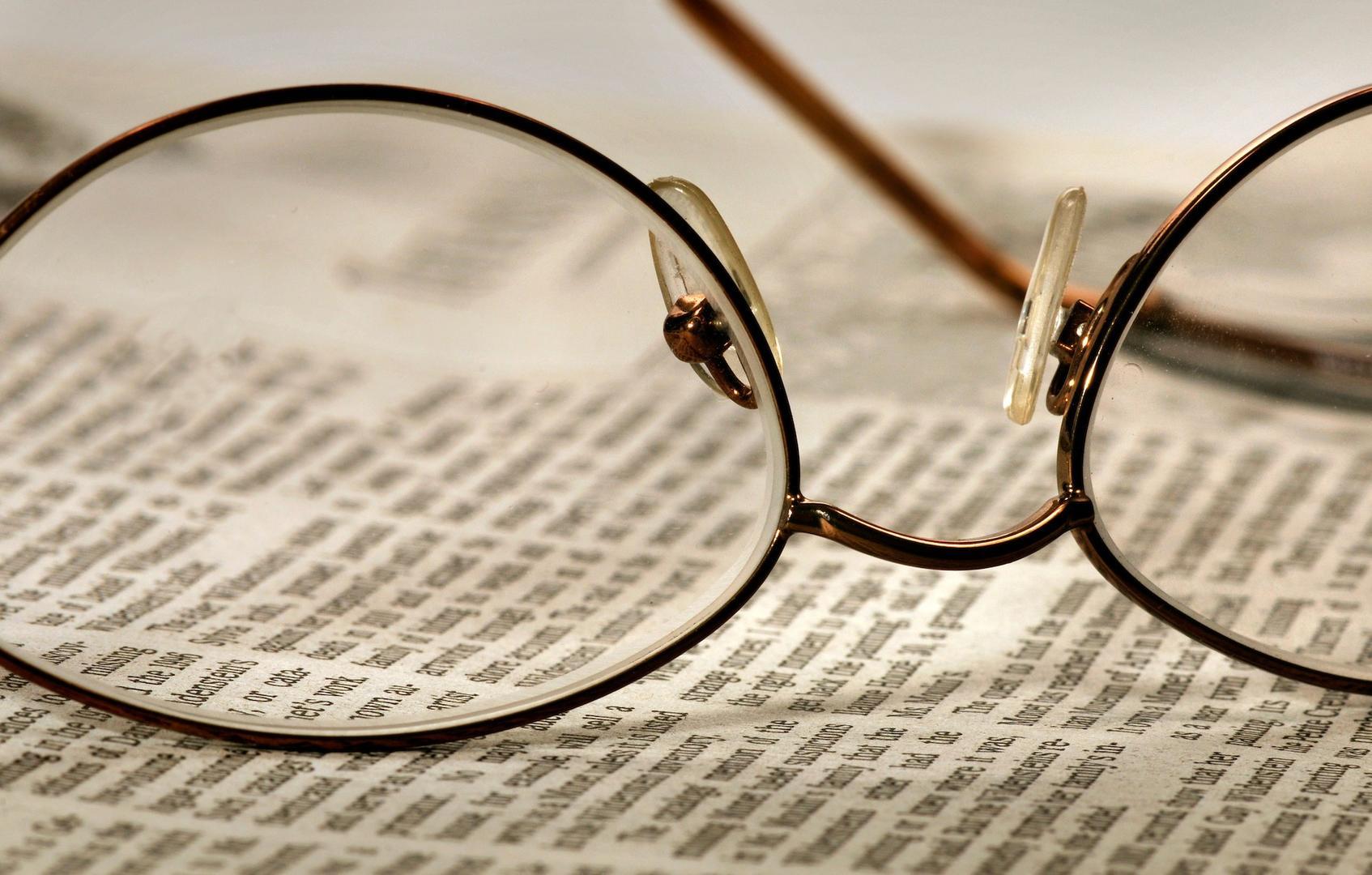 pagar gafas a empleados